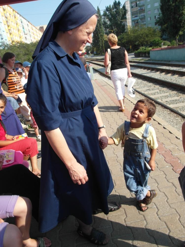 služba chud. deťom 5
